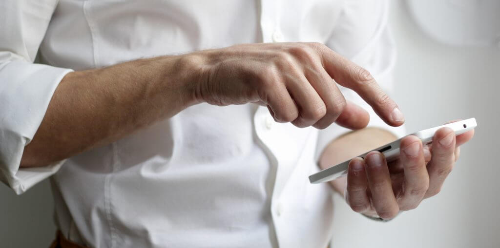 бонус леон приложение на телефон